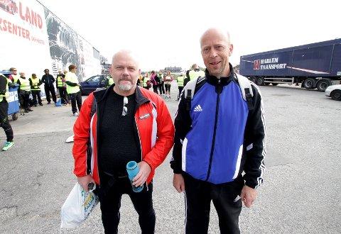 Per Arne Ekre (til høyre) og Jostein Korsrud hadde tatt turen helt fra Fåberg for å være med.