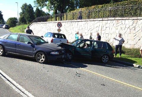 To biler var involvert i en ulykke på Rykkinn fredag.