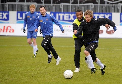 Sandefjord Fotball SF Fra v: Cato Hansen, Yaw Ihle Amankwah og Henrik Gustavsen