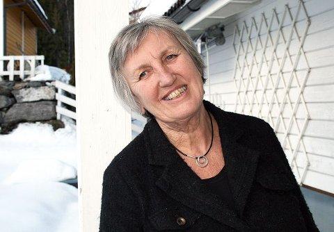 STOLT: Laila Granli Aamodt fra Gjettum er stolt over prisen som «Årets sosialarbeider». FOTO: TOR BJØRNAR HOLMLUND