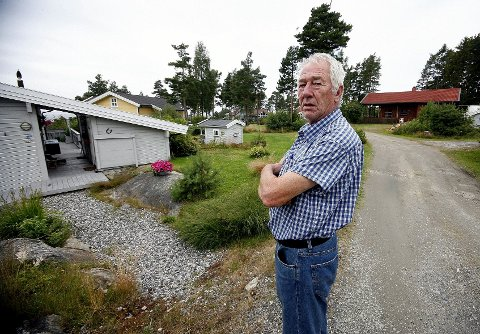 Hytteeier Ole Naumann synes prisveksten på tømmingen av septiktanken har vært veldig høy. Nå reduserer Råde kommune prisene med 20 prosent.