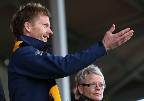 – Høyre vil gjerne støtte og hjelpe barne og breddeidrettsdelen av MFK, men elitedelen må klare å stå på egne bein, sier Tage Pettersen.