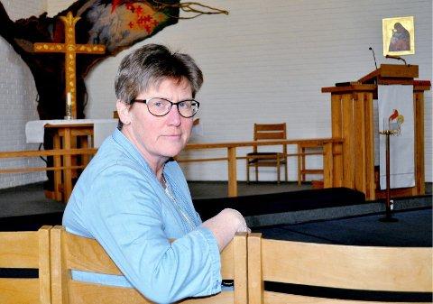 DIAKON: Anne Karine Jordsmyr stiller spørsmål ved helsesjefens argumentasjon etter at ALS-rammede Wanja Øksøy fortalte sin historie i Gjengangeren. Foto: Guri Larsen