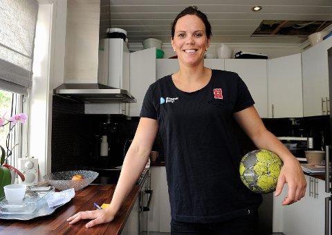 Tine Stange skadet og gravid håndballspiller. LHK