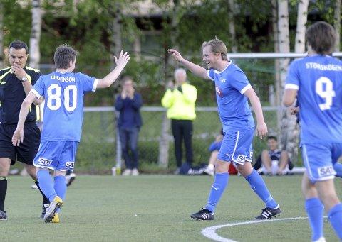 Thomas Backe og Niklas Wilkinson har kun jublet sporadisk denne sesongen. Neste år satser Drammen FK på opprykksjubel.