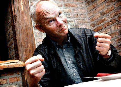 """Senterparti-representant Per Olaf Lundteigen varsler at Høyre og Frp skal få merke arbeidslysten til de rødgrønne igjen hvis """"de tukler det til"""" med Steinberg stasjon."""
