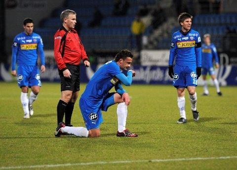 Et oppslag i Dagens Næringsliv linker kampen mellom SF og Stabæk, der Admir Rascic spilte den siste halvtimen, til kampfiksing på Balkan.