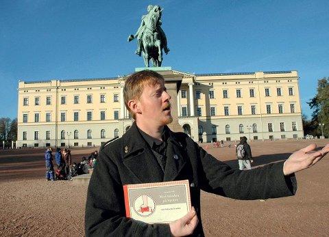 FRA VERDEN. Karstein Volle med Fakta fra verden til kongeriket Norge. FOTO: BJØRN ZARBELL-ENGH