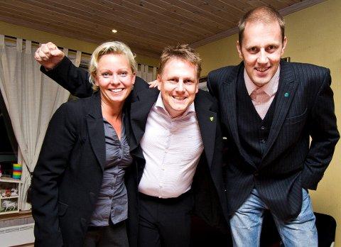Både Frederikke Stensrød (Frp), Rene Rafshol (H) og Christian Holstad Lilleng (V) ønsker seg iPad. Lilleng vil i tillegg utvide ordningen til bygdas skoler.