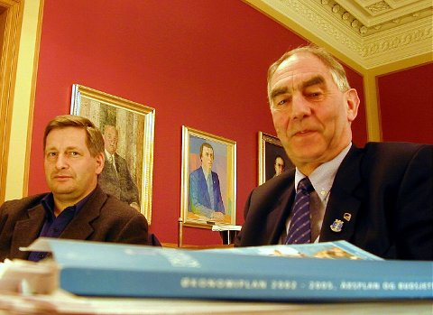 Ordfører Tore Opdal Hansen (H) og Høyres gruppeleder Johan Baumann.