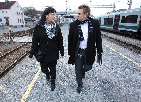 Inger-Lise Skartlien (Ap) og René Rafshol (H) er to av tre lokale ordførere som talte Rygges sak på Stortinget under tirsdagens høring i utenriks- og forsvarskomité.