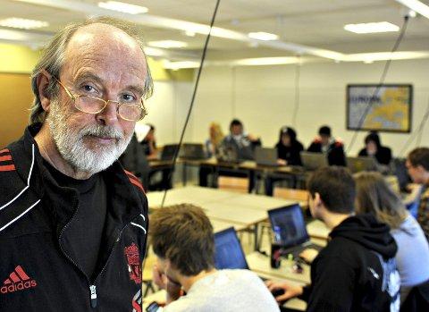 Læreren: Jan-Arve Overland. FOTO: STÅLE WESETH