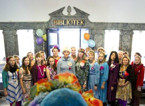 PIKEKORET: Pikekoret Ivar er med på lørdagens internasjonale festdag. Foto: Bjørn V. Sandness