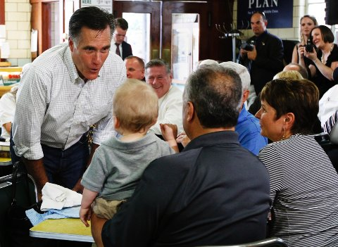 «This is our chance to lay out the arguments for why Barack Obama has failed and why Mitt Romney would do better, and to do that using a platform where 39 million people tune in to hear him speak, a lot of them for the first time» said Russ Schriefer, one of Romney's senior advisers.