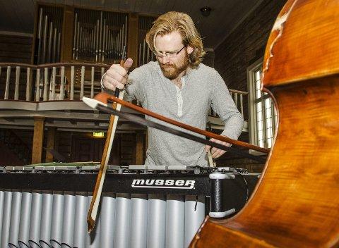 Brøtning og Berliner: Det tar Refseth ti minutter å sykle når han skal høre et av verdens beste orkestre, Berlinfilharmonien. Ellers er han inspirerte av elektronisk musikk og Indiepop.