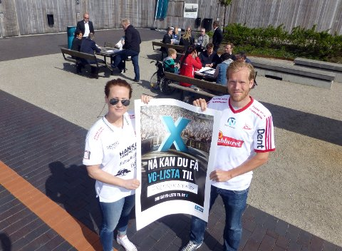 Kapteinene Ida Wernersen (FBK) og Lars Grorud (FFK) lover egen trener til deg som pønsker ut den beste kampanjen for å få VG-lista til Fredrikstad.