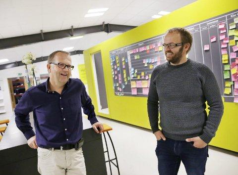 SELVEIERE: Ikke lenger i Colours, men fortsatt fargerike og kreative.  Hallstein Natås (t.v.) og Bernt Hilmar Jacobsen er medeiere i Garp Design.ARKIVFOTO: GRETHE NYGAARD