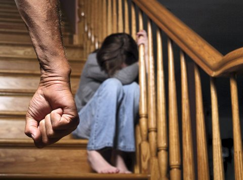 SVIKTET: Stadig flere barn utsettes for omsorgssvikt. Illustrasjonsfoto: istockphoto.com