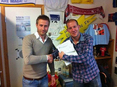 Henrik Elvestad (t.v) signerte forrige uke for BSK/NIF. – Han debuterer lørdag, sier Alexander Faye-Schjøll. FOTO:BSK/NIF