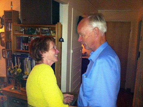 Kari Anne Sand er optimistisk og håper at Per Olaf Lundteigen berger plassen på Stortinget i fire år til.