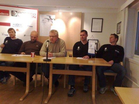 Denne kvintetten skal styre FKH framover. F.v: Eirik Horneland (assistenttrener), Eirik Opedal (daglig leder), Ingolf Steensnæs (styreleder), Asbjørn Helgeland (Sportssjef) og Jostein Grindhaug (hovedtrener).