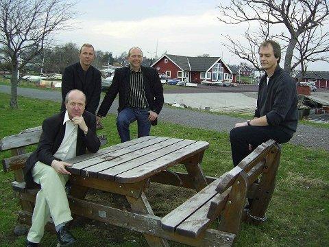 Den mannlige vokalgruppa Quint tar turen over fjorden for å bidra til den musikalske vårflørten sammen med Mezzo i Galleri Texas lørdag kveld.