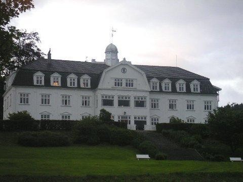 På Sauda Fjordhotell kan du oppleve «obersten».