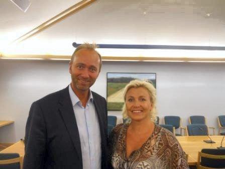 Næringsminister Trond Giske hadde onsdag en times møte med seks gründere, deriblant Lise Arvesen. Og Drøbak-kvinnen oppfordret Giske til å sette av en milliard kroner til etableringen av en lånekasse for gründere. FOTO: HÅKON HAUGLIE