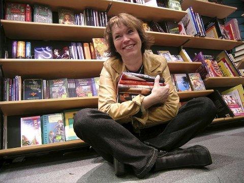 Norlis entusiasiske bokelsker Liv Gade deler gjerne sine beste leseopplevelser.Arkivfoto: Paal Even Nygaard