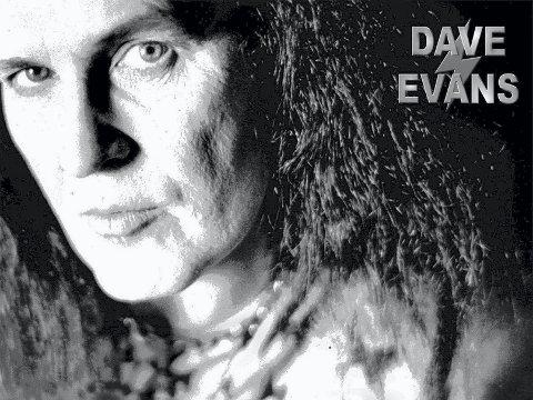 ROCKELEGENDE: Dave Evans, originalvokalisten i AC/DC, kommer til Trysilfestivalen. Legenden er et trekkplaster blant rockeinteresserte.