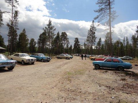 120 Opelbiler er samlet på Opel Registeret Norges landstreff.