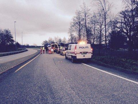 Ulykkens skjedde ved rundkjøringen på Borre.