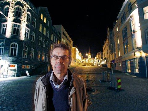 IRIS-forsker Einar Leknes mener det er viktig å bygge opp under Haugesund sentrums rolle som et sterkt regionsenter på Haugalandet.