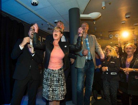 Så fornøyd ble Kristin Ørmen Johnsen etter hvert som de solide tallene fra Høyre viste seg på partiets valgvake.