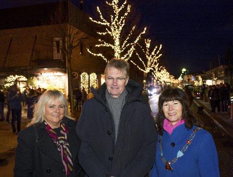 Jorund Rønning Indrelid fra Sparebanken Øst, Sigmund Løkensgard og Ann Sire Fjerdingstad.