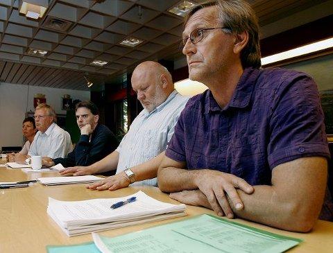 Rødts Eirik Tveiten ( til h.) og Svs Knut Lindelien er uenige om TV- overføringer og lagring av opptak fra bystyrets møter. Budsjettet for web-TV overføringer har sprukket og er nå oppe i over 200.000 kroner.
