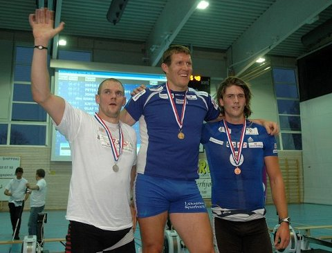 MEDALJEVINNERNE: Lassi Karonen fra Sverige var best i Nordic Indoor Open med Olaf Tufte og Nols Jakob Hoff på de neste plassene. FOTO: VIDAR KALNES