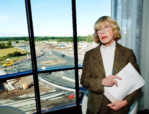 Mona Røkke var drammenser, men avsluttet sin yrkeskarriere som fylkesmann i Vestfold.