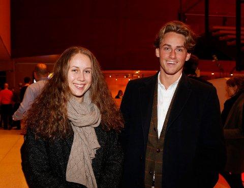 BURSDAGSKONSERT: Søsknene Fanny Berg og Knut Andreas Berg fra Jar feiret sistnevntes bursdag med konsert i Bærum Kulturhus. FOTO: TORE GURIBY