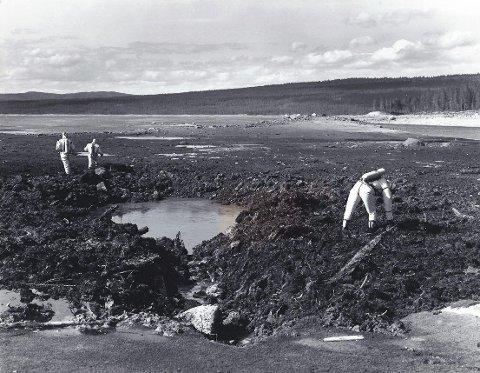 Her, ved Tunhovdfjorden i Buskerud, ble F-16 flyet funnet 2. juni 1981. Eksperter fra Luftforsvaret leter etter gift fra flyvraket.