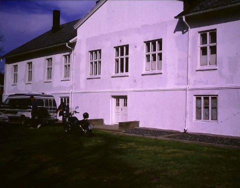 Slik så Grimsrød Gård ut i 1994.
