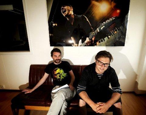 Pressesjef Henrik Holta-Lysell og bookingsjef Henning Krane (til venstre) gleder seg til neste uke.
