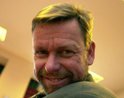 - Sykehuset Buskerud er ikke norsk. Det er ikke slik folk snakker, mener administrerende direktør Nils Fredrik Wisløff i Vestre Viken HF.