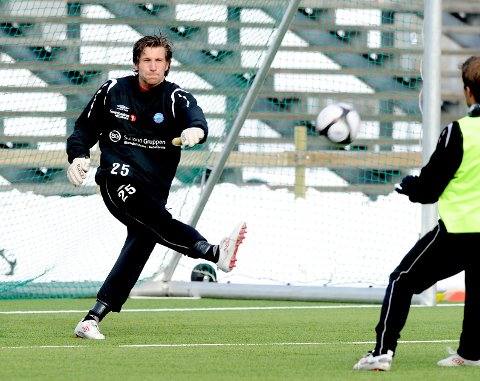 Olav Dalen skal vokte buret til Nybergsund neste sesong. Dette bildet er fra Kongsvinger–trening foran sesongen 2010.