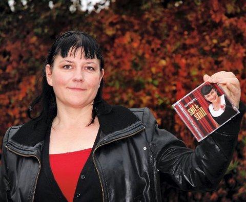 Liv Kreken Kvalnes planlegger en rekke konserter i nærområdet, på Vestlandet og Sverige etter at hun denne uken slipper sin første cd.