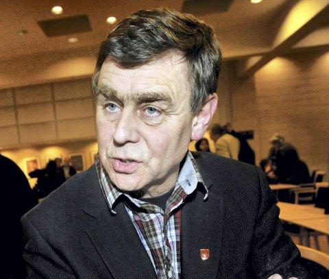 Nedre Eiker-ordfører Bent Inge Bye er rasende, og kaller samferdselsanalysen et bestillingsverk.
