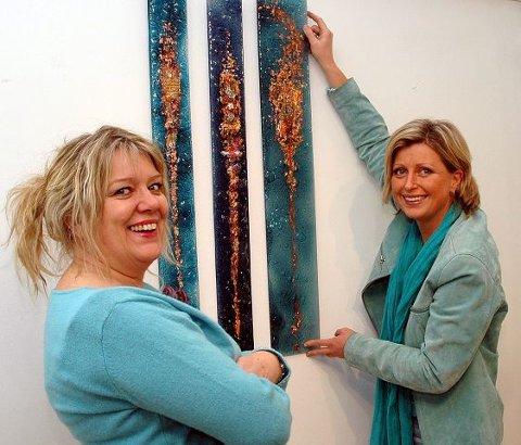 <b>KREATIVE.</b> De bobler over av kreativitet og godt humør mamma Jane Rasmussen og datter Aino Jensen, for første gang under samme tak på Gulden. FOTO: BJØRN ZARBELL-ENGH