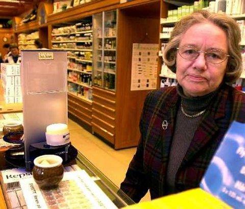 <b>Solgt.</b> Innehaveren Aslaug Gombos har solgt Bragernes Apotek til den norskdominerte Apokjeden. 1. september åpner Apokjeden nytt apotek i Buskerud Storsenter. (Arkivfoto)
