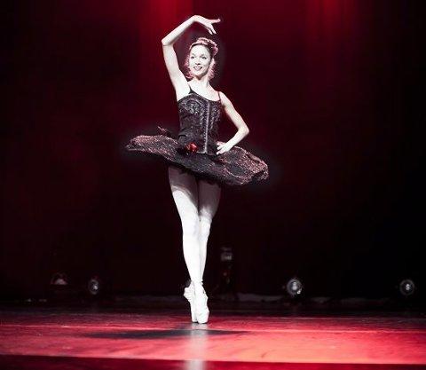 Ballettsolo. Ballettdanseren Ana Gheorghiu fremførte blant annet en nydelig solo fra «Paquita».