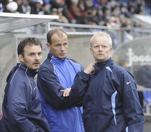 HAR TROEN. Hovedtrener Håkon Grøttland (t.v.), assistenttrener Jarle Finnestrand (midten) og Leif Helge Nordahl tror fortsatt det er mulig å lykkes i 2. divisjon med lokale unggutter. FOTO: PER ABRAHAM GRENNÆS